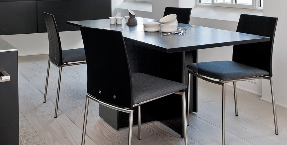 Skovby 101 multi function table hopewells for Exclusive dining table