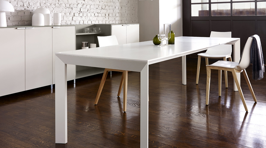 Frost dining table