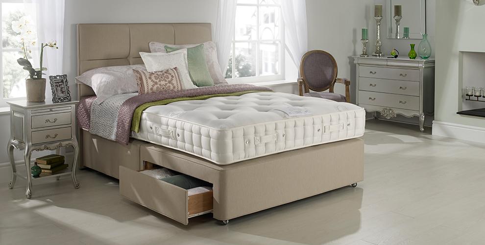 Hypnos larkspur divan bed for Hypnos divan beds