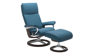 Stressless Aura with Signature Base Chair & Stool detail page