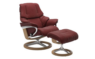 Stressless Reno with Signature Base Chair & Stool detail page