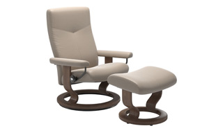 Stressless Dover with Classic Base Chair & Stool detail page