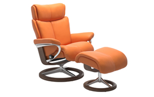 Stressless Magic with Signature Base Chair & Stool detail page