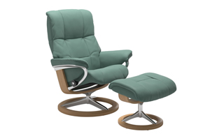 Stressless Mayfair with Signature Base Chair & Stool detail page